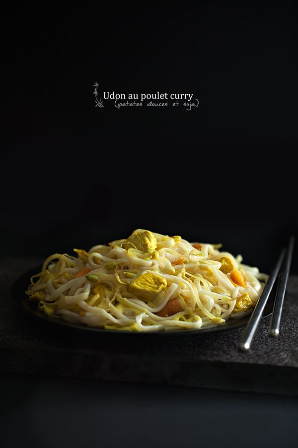 Udon poulet curry, patates douces, soja
